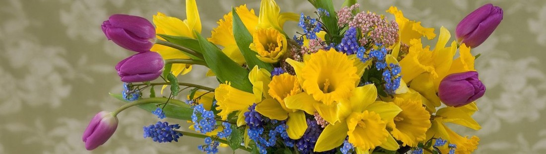 spring_flower_arrangement-normala